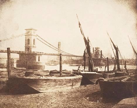 Hungerfordin riippusilta kuvattuna noin vuoden 1845 paikkeilla.