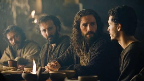 Mel Gibsonin kärsimyselokuva The Passion of the Christ valmistui vuonna 2004.