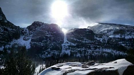 Yhdysvaltaistutkijat veivät koehenkilöt Coloradon vuorille säätämään unirytmiään.
