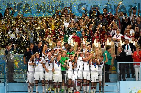 Mestaruusjuhlat toivat myös mukavat bonukset Saksan pelaajille.