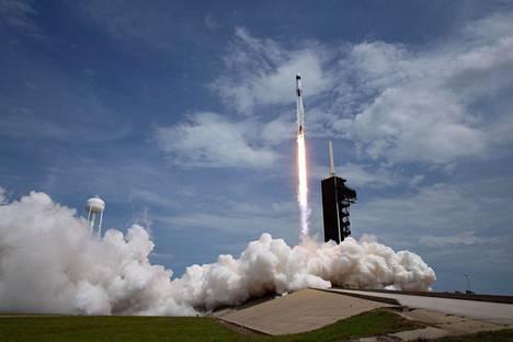 Falcon 9 -kantoraketti laukaistiin avaruuteen lauantaina.