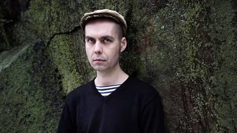 """""""Mitä minun fiilikseni mihinkään liittyvät?"""", kysyy Antti Nylén."""