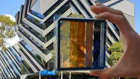 Aurinkoenergia | Ikkunoista tehdään sähköntuottajia – uudenlaisia aurinkokennoja kehitetään Suomessakin