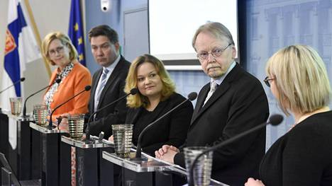 Arkkipiispa emeritus Kari Mäkisen työryhmä esitti toimenpiteitä hyvinvoinnin ja tasa-arvon vahvistamiseksi koronan runtelemassa Suomessa.