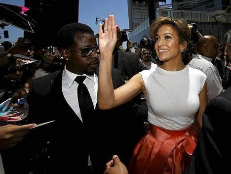 Jennifer Lopez sai oman tähtensä Hollywoodin Walk of Famelle kesäkuussa. Nyt hänet valittiin arvovaltaiseen Oscar-raatiin.
