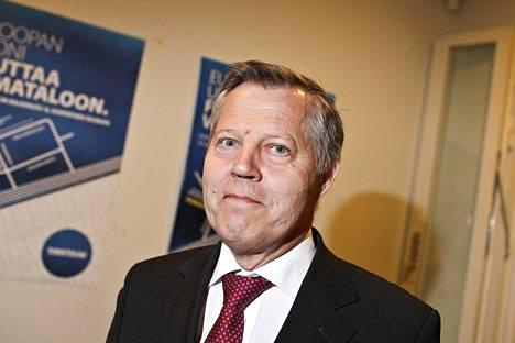 Ulkoministeriön virkamiehenä työskennellyt Eikka Kosonen oli keskeisiä Suomen EU-jäsenyyden neuvottelijoita.