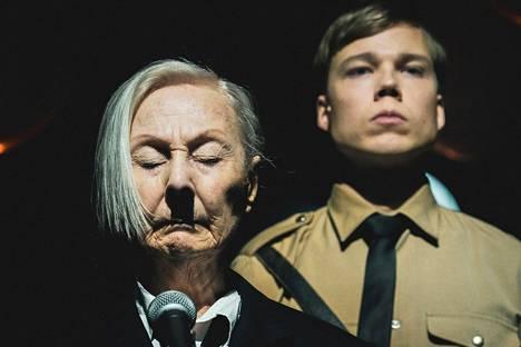 Seela Sella on Hitler, Verneri Lilja saksanpaimenkoira Blondi.