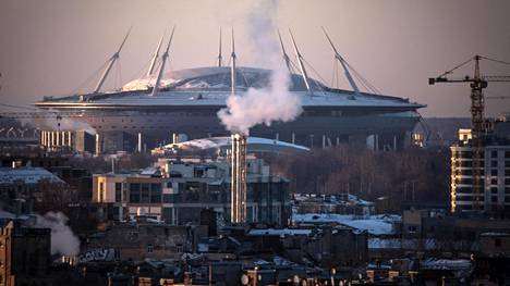 Pietarin uuden jalkapallostadionin rakentamiseen on vierähtänyt yli kymmenen vuotta.