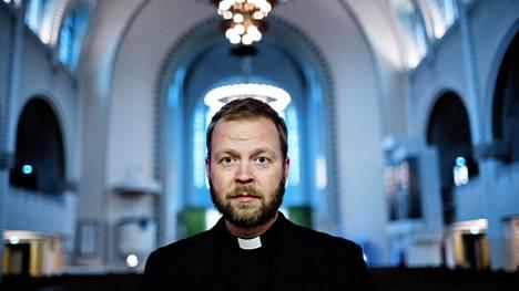 Kallion kirkkoherra Teemu Laajasalo on Helsingin uusi piispa.