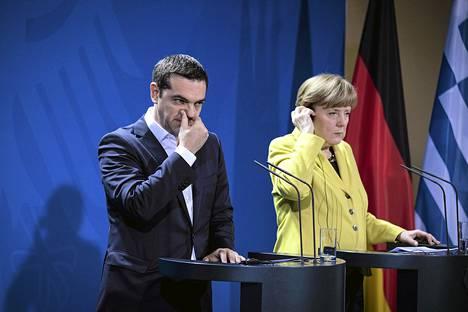 Kreikan pääministeri Alexis Tsipras esitti taannoisella Saksan-vierailullaan liittokansleri Angela Merkelille vaatimuksen sotakorvauksista. Summia ei vielä tuolloin mainittu.