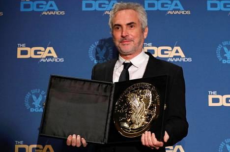 Alfonso Cuarón esitteli Directors Guild of American myöntämää parhaan ohjaajan palkintoa lauantaina Los Angelesissa.