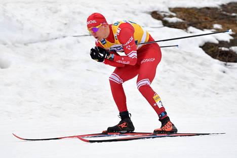 Venäjän Aleksandr Bolšunov oli jälleen voitokas Falunin vähälumisilla laduilla.