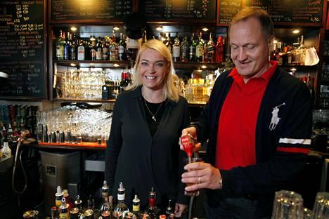 Mika ja Hanna Niemen myymään ravintolaketjuun kuuluu muun muassa Paapan Kapakka Tampereella.