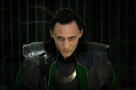 Loki (Tom Hiddleston) esiintyy omassa tv-sarjassaan toukokuussa.