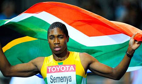 Caster Semenyaa ei nähdä Dohan MM-kisoissa kunniakierroksella Etelä-Afrikan lipun kanssa.
