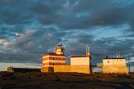 Haaksirikot Märketin lähistöllä olivat yleisiä ennen majakan rakentamista. Peräti 23 laivaa ajoi karille lähivesillä vuonna 1873.