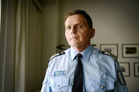 Lasse Aapio nimitettiin viime toukokuussa Helsingin uudeksi poliisipäälliköksi .