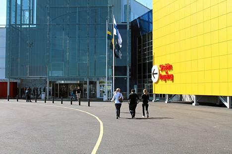 Kuopion Matkuksessa on avattu Suomen viides Ikea-tavaratalo.