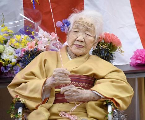 Maailman vanhin elävä ihminen on tällä erää myös japanilainen Kane Tanaka,  joka täytti 117 vuotta  2. tammikuuta 2020.