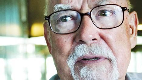 Yhdysvaltalaiselta Harry Harrisonilta (1925–2012) on suomennettu runsaasti teoksia.