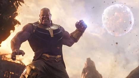 Avaruuden jättiläinen Thanos (Josh Brolin) on yhtä aikaa kauhistuttava tyranni ja kieron näkökulmansa vanki.