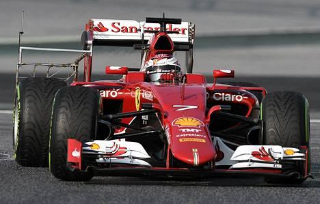 Kimi Räikkösen testit jatkuvat Barcelonassa.