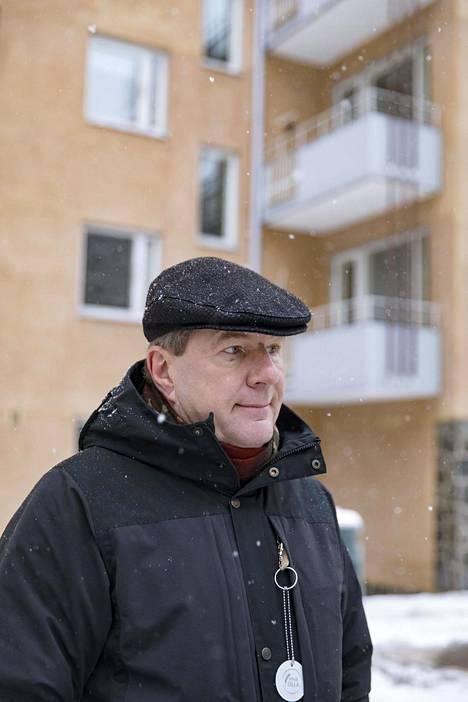 Puheenjohtaja Juha Tehikari on tyytyväinen, että iso urakka etenee.
