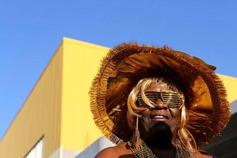 New Yorkissa marssittiin kaduilla karnevaaliasuissa maanantaina, kun kaupungissa valmistauduttiin karibialaisten juhlaparaatiin.