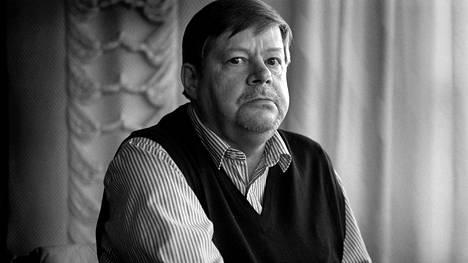 Arto Paasilinna vuonna 1998.