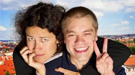 Minttu Mustakallio on Rauha, ja Joonas Saartamo on Risto.