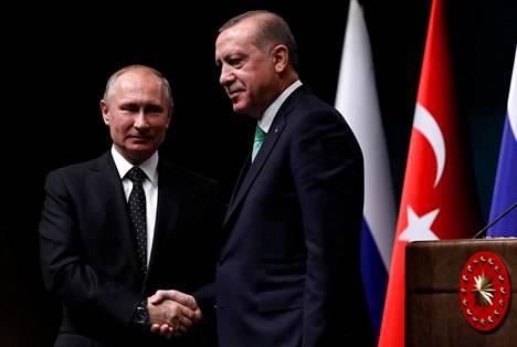 Venäjän presidentti Vladimir Putin ja Turkin presidentti Recep Tayyip Erdoğan Ankarassa joulukuussa.
