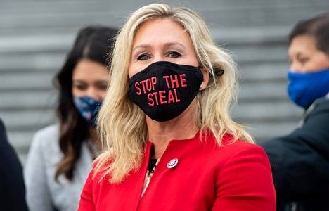 Georgialainen kongressiedustaja, republikaani Marjorie Taylor Greene uskoo Qanon-salaliittoon ja siihen, että Donald Trumpilta varastettiin presidenttiys viime marraskuun vaaleissa.