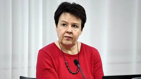 Kirsi Varhila on sosiaali- ja terveydenhuollon ohjausosaston osastopäällikkö sosiaali- ja terveysministeriössä.