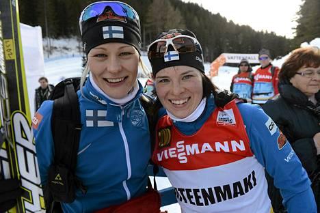 Anne Kyllönen ja Krista Lähteenmäki naisten 3,3 kilometrin perinteisen hiihtotavan kisan jälkeen.