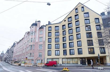 Katajanokan Linnankatu 3:ssa sijaitsevan uuden asuinkerrostalon piti alkuperäisten suunnitelmien perusteella valmistua kesällä 2016.