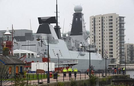 Britannian laivaston, HMS Duncan (Type 45 destroyer), oli ankkuroituna Cardiff satamassa Nato-kokouksen aikaan syyskussa 2014.