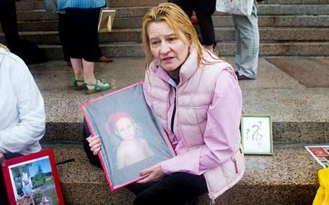 Ani Leikonniemen lapsen huostaanotto todettiin laittomaksi hallinto-oikeudessa vuonna 2010.