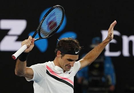 Roger Federer jatkaa kuudennen Australian mestaruuden jahtaamista.