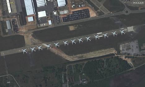 Satelliittikuva Mobile Regional -lentokentältä Yhdysvaltojen Alabamasta 26. maaliskuuta.