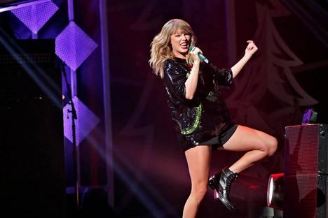 Taylor Swiftin Shake It Off -kappaleen kertosäe ei ole varastettu 2000-luvun alun tyttöbändin kappaleesta.