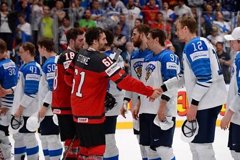 Jääkiekon MM-finaalista sai etsimällä etsiä uutisia Kanadan mediasta.