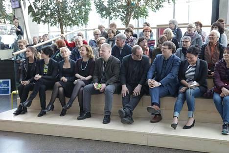 HS:n kirjeenvaihtajat esiintyvät Sanomatalossa tiistaina.