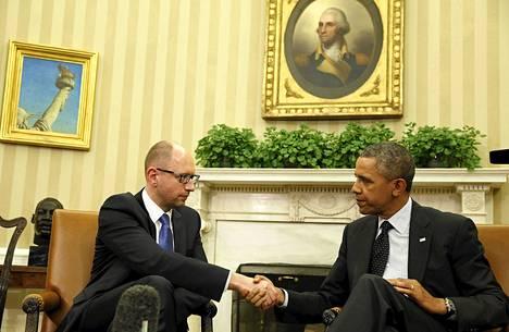 Yhdysvaltain presidentti Barack Obama ja Ukrainan pääministeri Arseni Jatsenjuk tapasivat Valkoisessa talossa keskiviikkona.