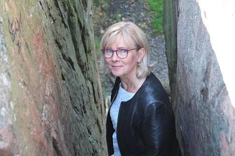 Helsingin ympäristönsuojelunpäällikkö Päivi Kippo-Edlund on sitä mieltä, että rauhoitettavia kohteita löytyisi Helsingistä enemmänkin kuin nykyiset 31.