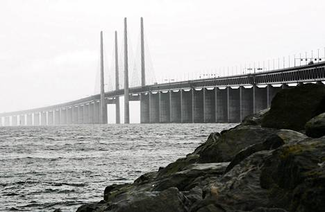 Juutinrauman silta yhdistää Kööpenhaminan ja Malmön, joka on Ruotsin kolmanneksi suurin kaupunki.