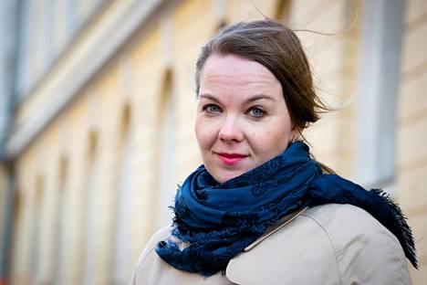 """""""Kukaan ei voi valita sitä aikaa, missä elää"""", sanoo valtiovarainministeri Katri Kulmuni."""