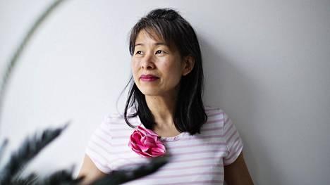 Kirjailija Kim Thúy haluaa olla yhteiskunnan näkymättömien ääni.