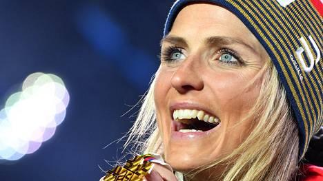 Therese Johaug voitti viime talven MM-hiihdoissa kolme kultaa.