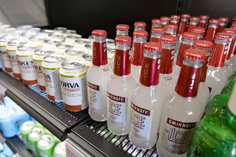 Alkoholilain uudistus toi limuviinat ruokakauppoihin.