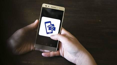 Selvityksen mukaan yksi viidestä nettiostoksesta tehtiin viime vuonna älypuhelimella.